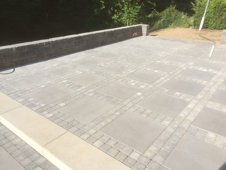 Terrasse in Beton und Keramik   Peppo Pilz